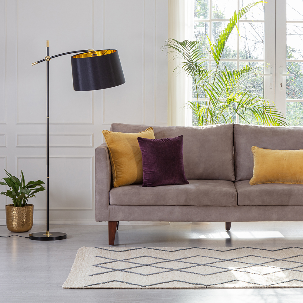 Iconic Hensley Floor Lamp in Black and Brass