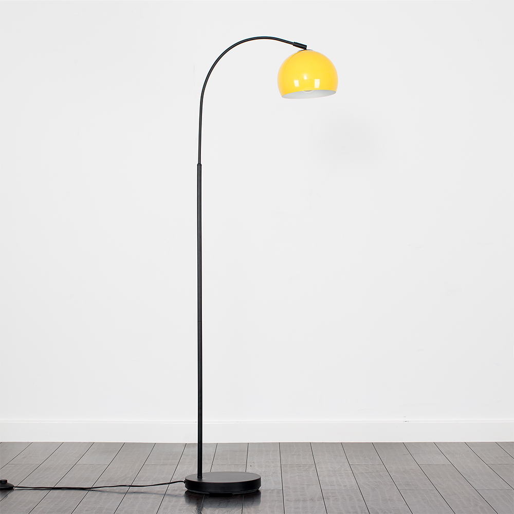 Curva Floor Lamp in Black with Yellow Shade