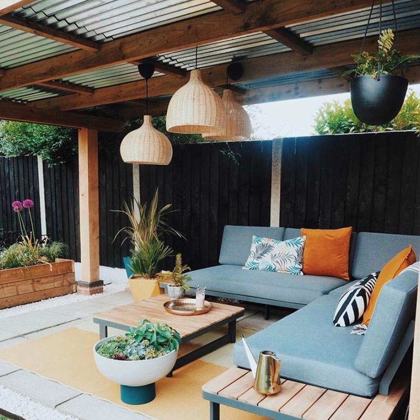 Apogee Interiors colourful garden