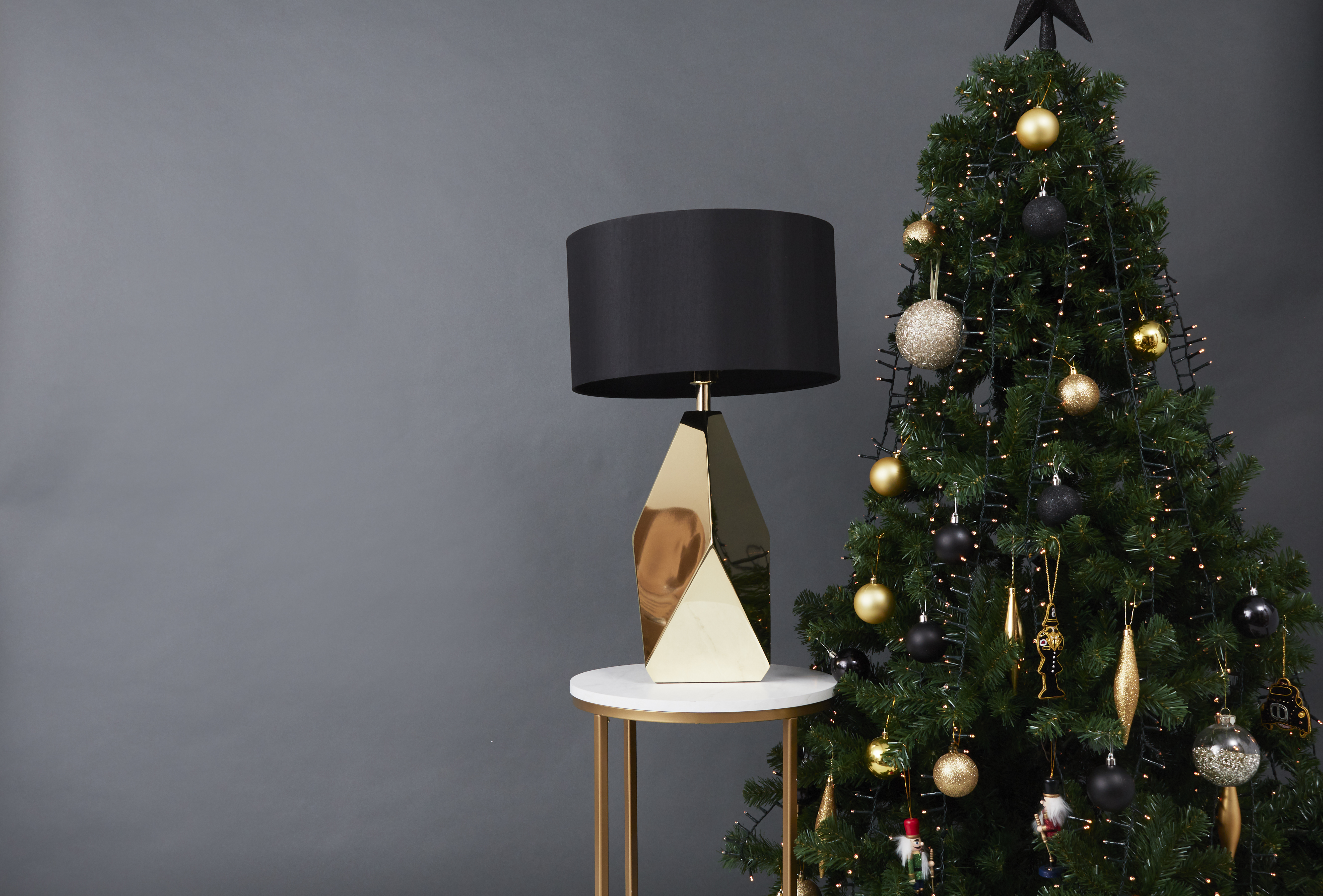 Latrobe Table Lamp and Christmas Tree